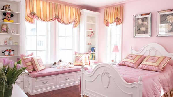 Id es d co de chambre de princesse wondermomes for Chambre fille princesse
