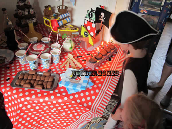 sweet table pirates pour ses 5 ans - Wondermomes