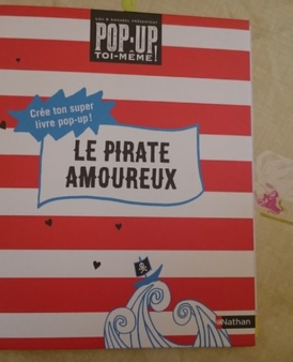 livre pop up le pirate amoureux